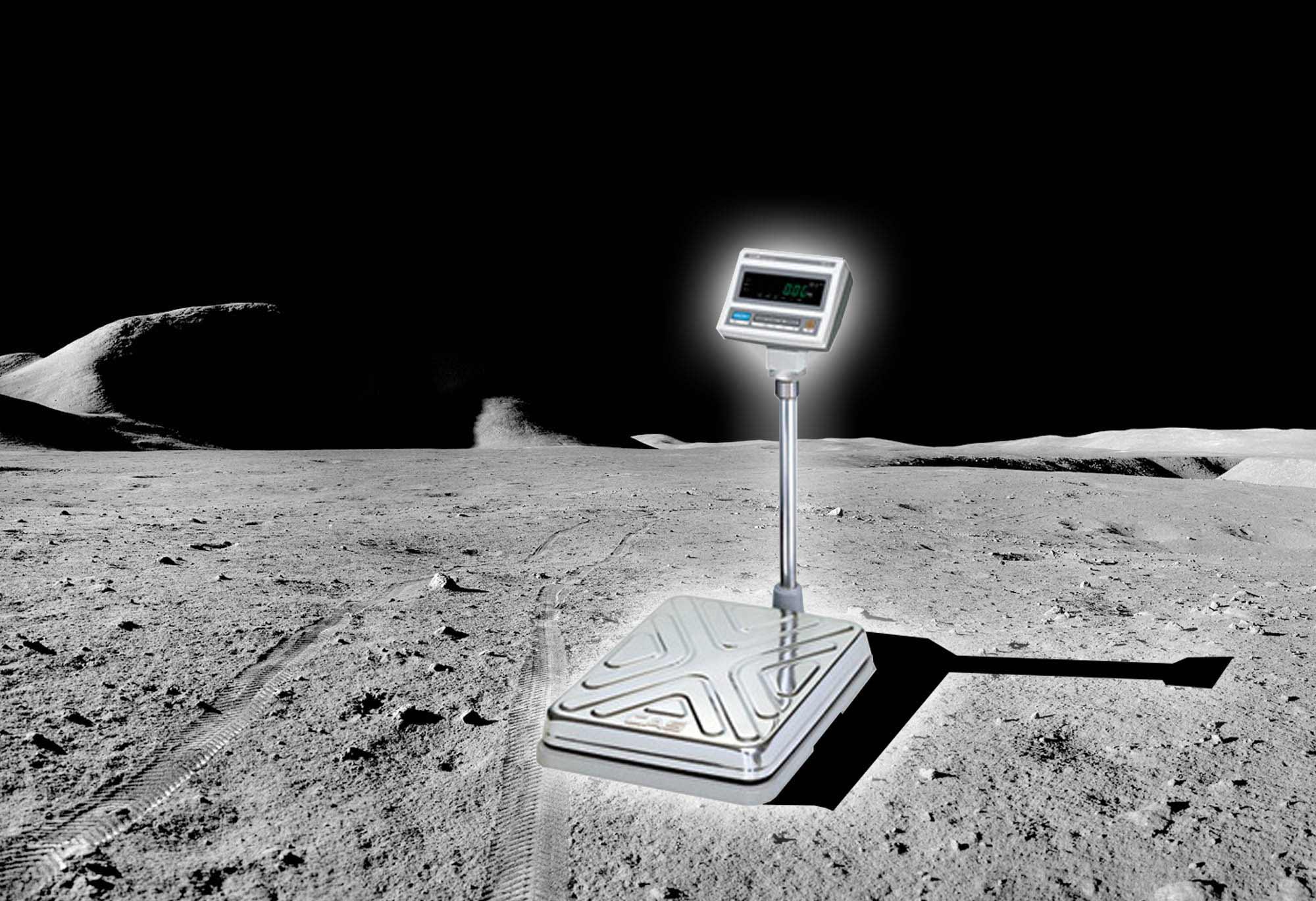 Весы на Луне