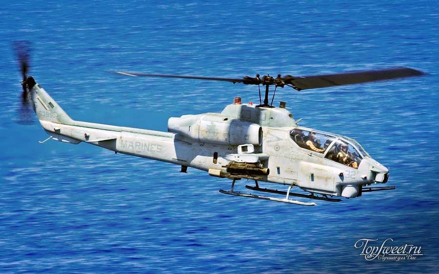 Ударный вертолет Bell AH-1 Super Cobra