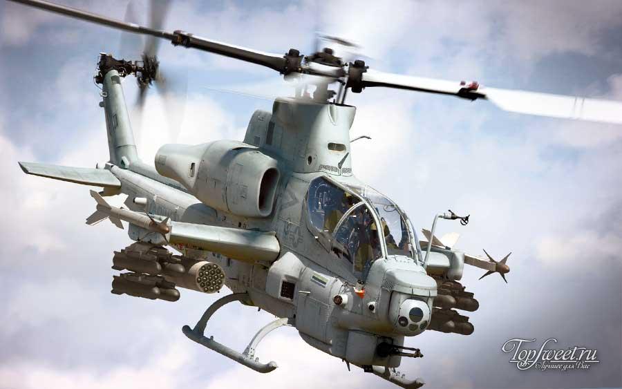 Ударный вертолёт AH-1Z Viper