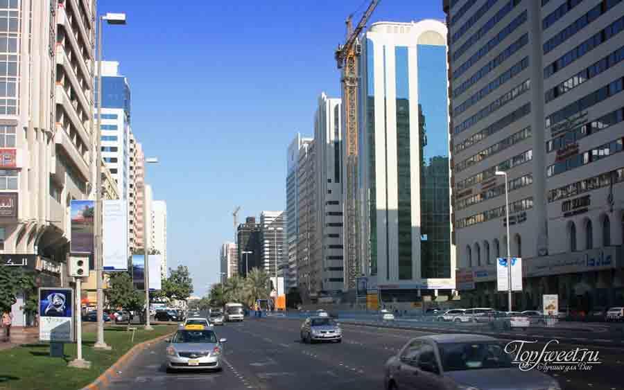 Улица в Абу Даби