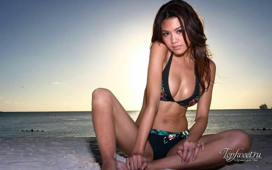 китайская модель и актриса Крисси Чау (Chrissie Chau)