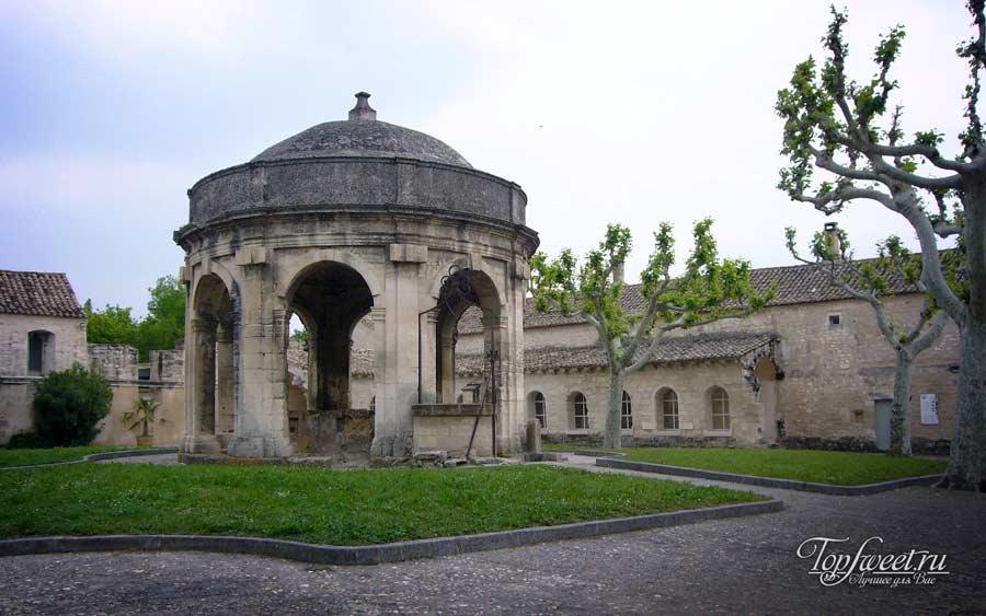 Кассис - город-комунна во Франции