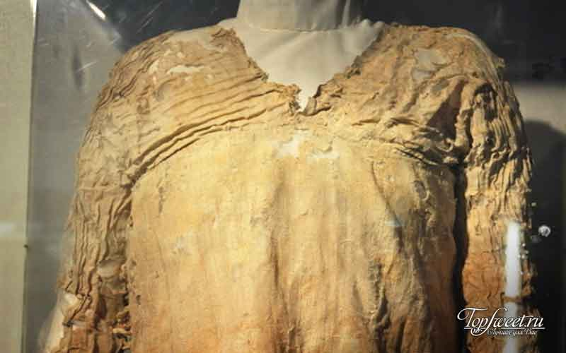 Древнее платье