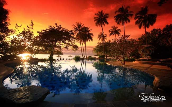 Прекрасный закат, который можно наблюдать на острове Чанг. (Sea View Resort & Spa Koh Chang 4*)