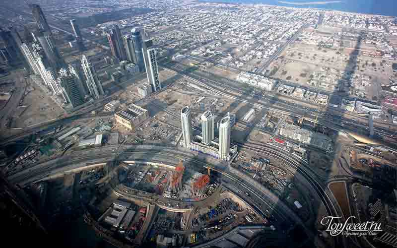 Вид из окна небоскреба Бурдж-Халифа