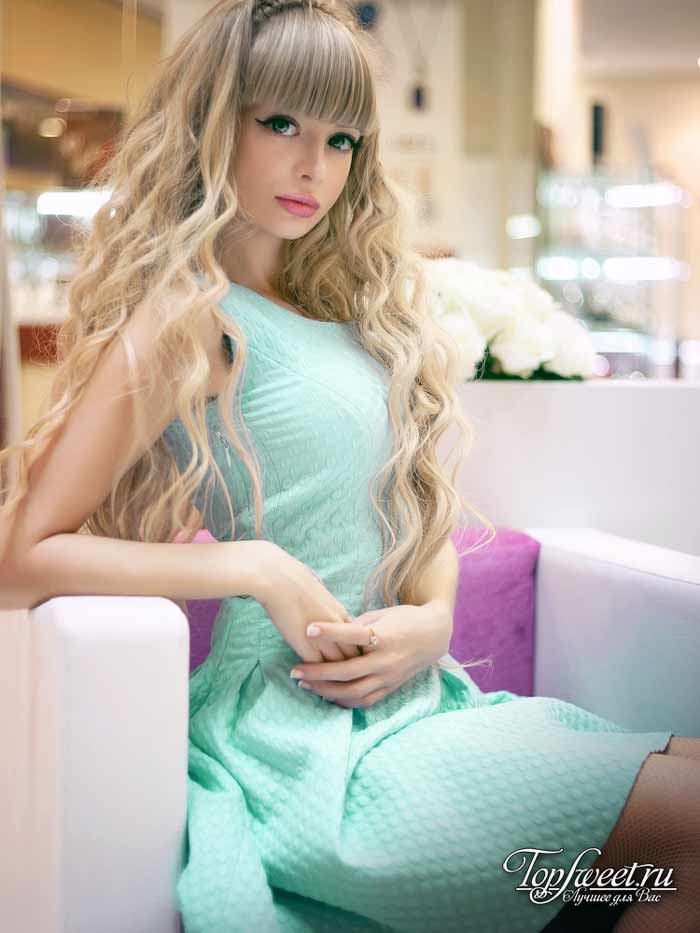 Анжелика Кенова. Девушки, похожие на кукол