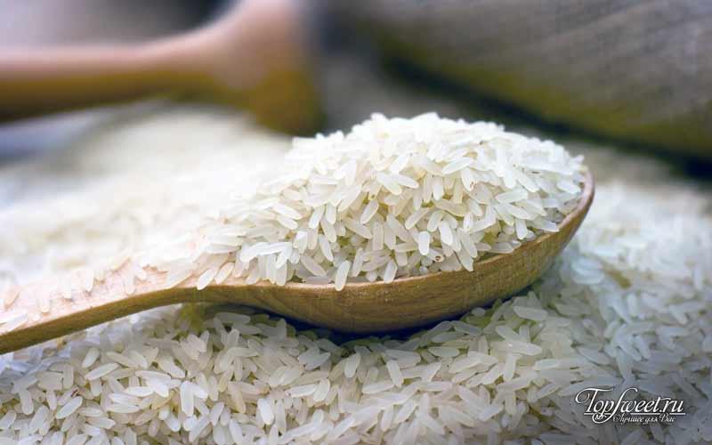 Белый рис. ТОП-10 продуктов, которые имеют очень долгий срок годности