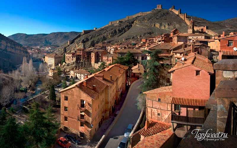 Альбаррасин. Список самых красивых деревень Европы
