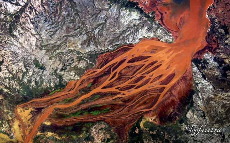 Дельта реки Ганг из космоса