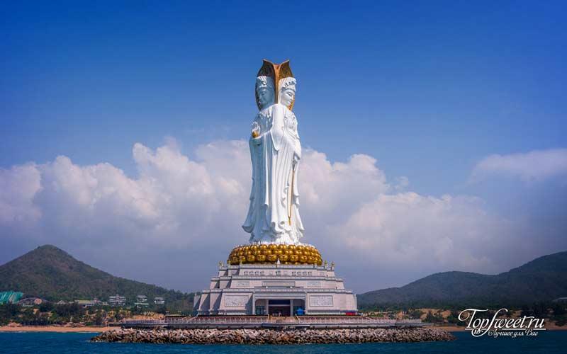 Богиня Гуань Инь в Санье