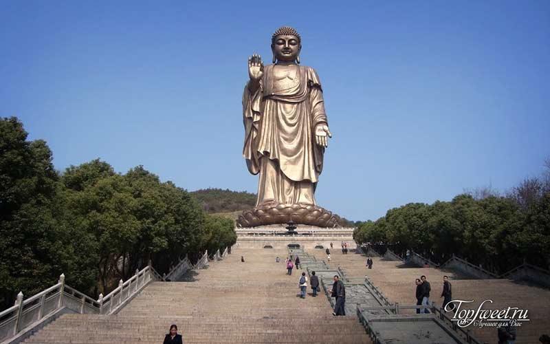 Статуя Великого Буды в Уси