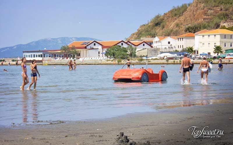 Сусак пляж. Остров в Хорватии