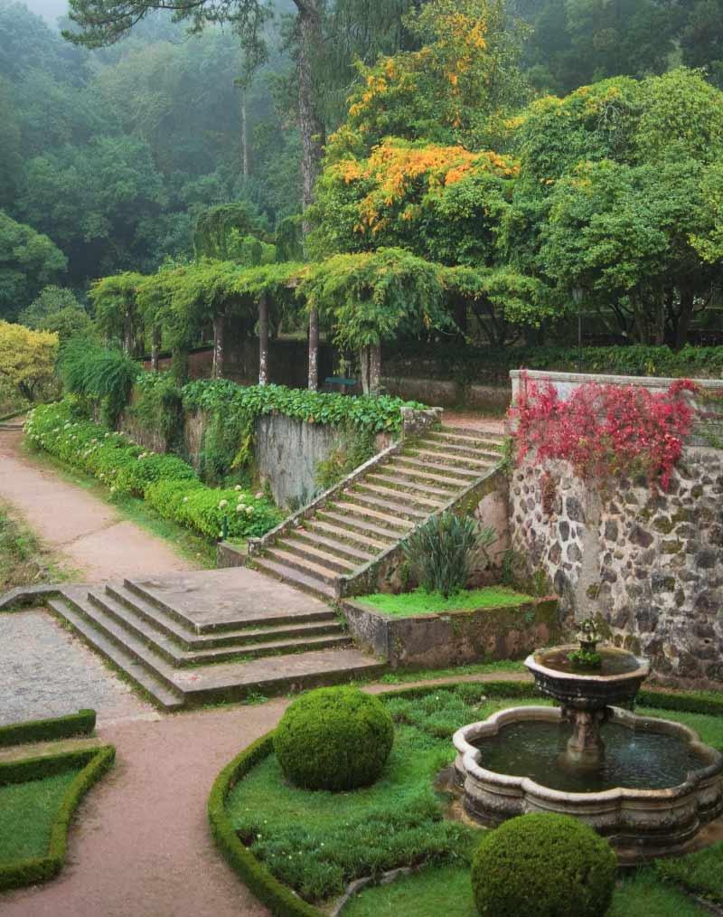 Замок Амбели, Великобритания